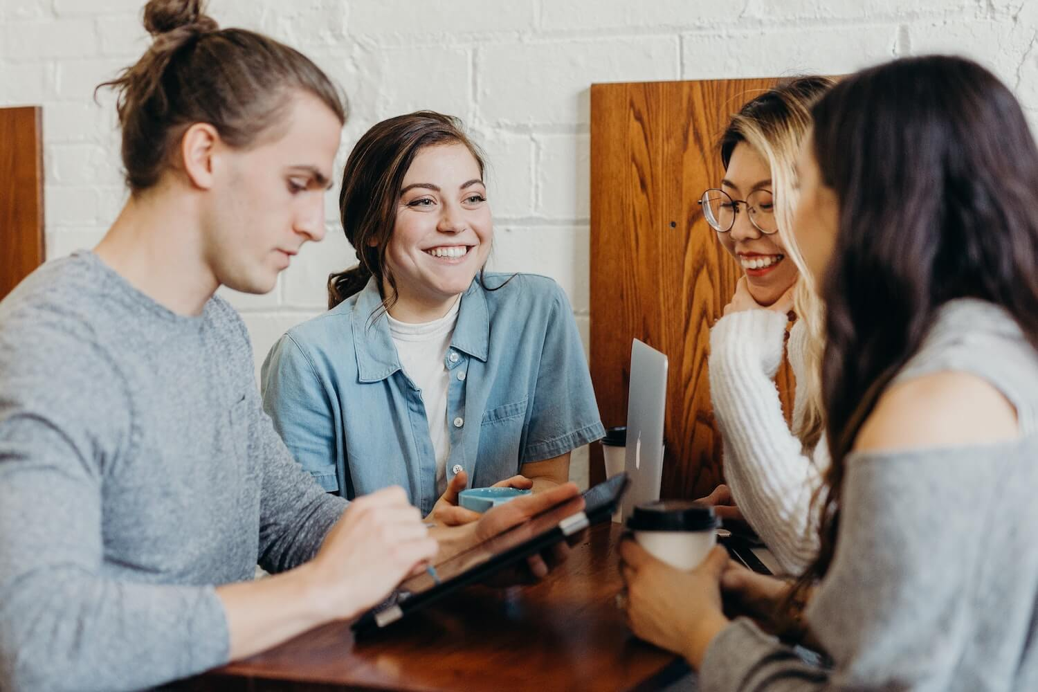 Millennials vs. Gen Z Workplace Expectations Supportedly Blog
